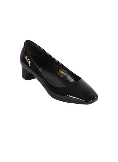 Pierre Cardin Pierre Cardin Siyah Rugan Topuklu Ayakkabı Siyah